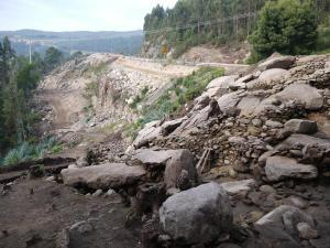 espazo-habitacional-da-zona-oeste-do-castro-de-montelagre-escavado-de-urxencia-e-afectado-directamente-polo-segundo-tunel