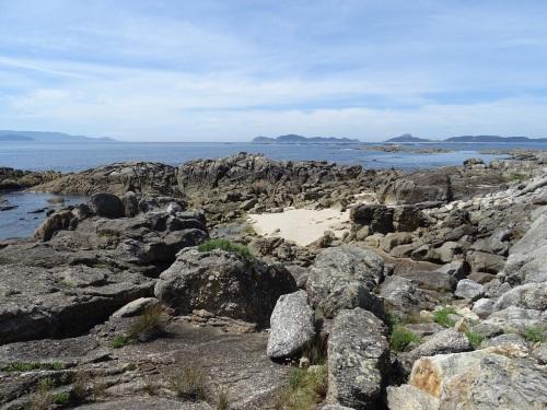 Punta Rocha dos Patos na enseada de Liméns